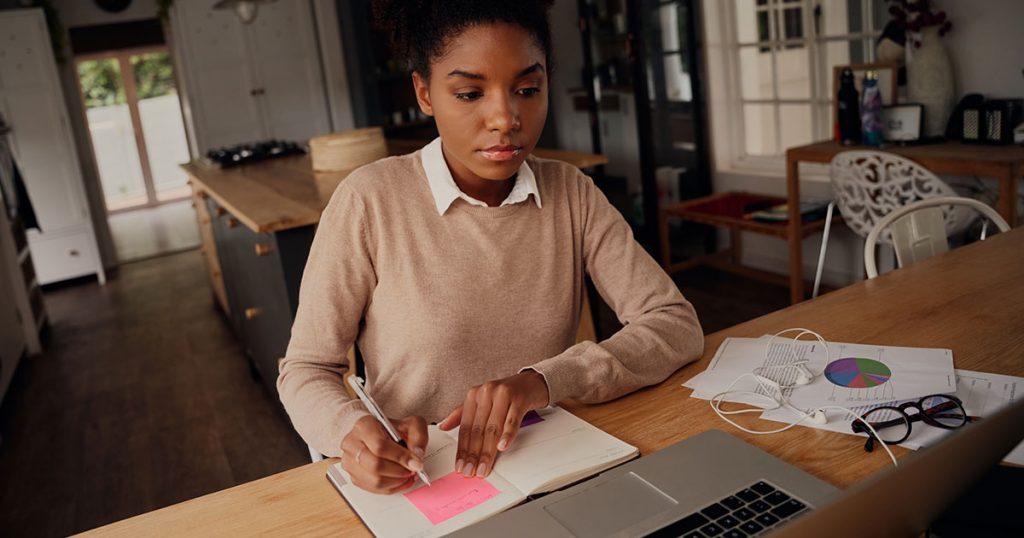woman making budget